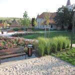 Park za kostolom (výstavba 2011)